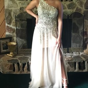 Size 6 Jovani prom gown! GORGEOUS!!!!